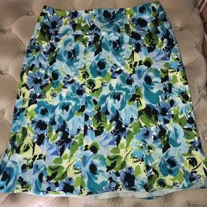 A dress barn skirt that has hardly been worn!